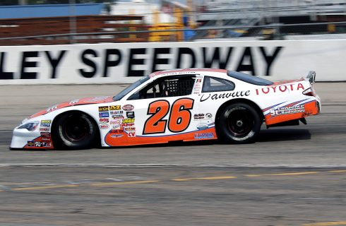 Late Model Heavyweights Face the Heat