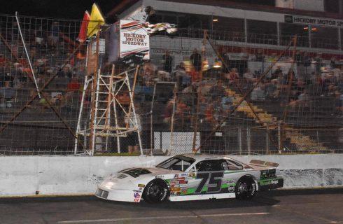 Huffman, Little, Dayton capture wins on Hickory Anniversary Night