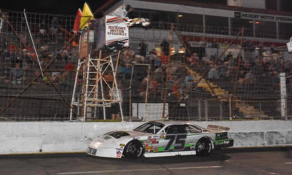 Huffman, Little, Dayton capture wins on Hickory Anniversary Night
