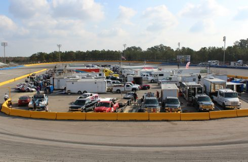 RACEDAY LIVE :: Thanksgiving Classic (Saturday) at Southern National Motorsports Park (Nov. 25th)